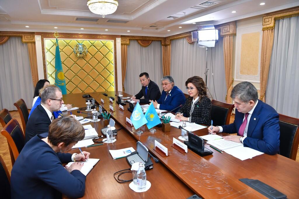 Дарига Назарбаева обсудила вопросы здравоохранения с представителями ВОЗ